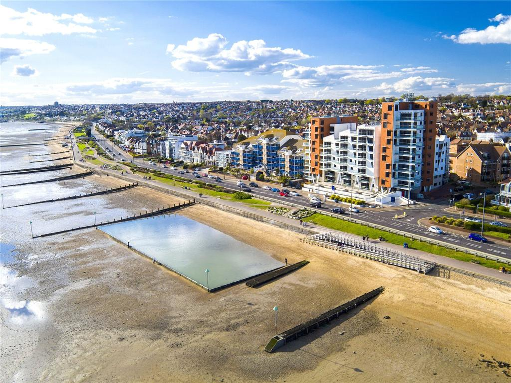 2 Bedrooms Flat for sale in S8 The Shore, 22-23 The Leas, Westcliff-on-Sea, Essex, SS0