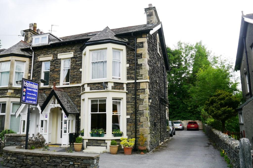 7 Bedrooms Semi Detached House for sale in Holmlea Guest House, Kendal Road, Bowness-On-Windermere