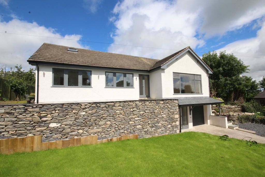 4 Bedrooms Detached Bungalow for sale in Seekers Way, Beckside, Pennington
