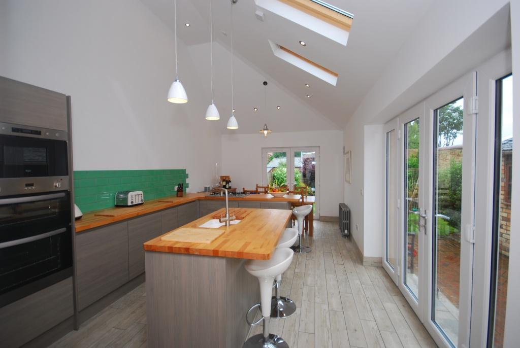 4 Bedrooms Semi-detached Villa House for sale in 2 Yorke Road, Troon, KA10 6EW