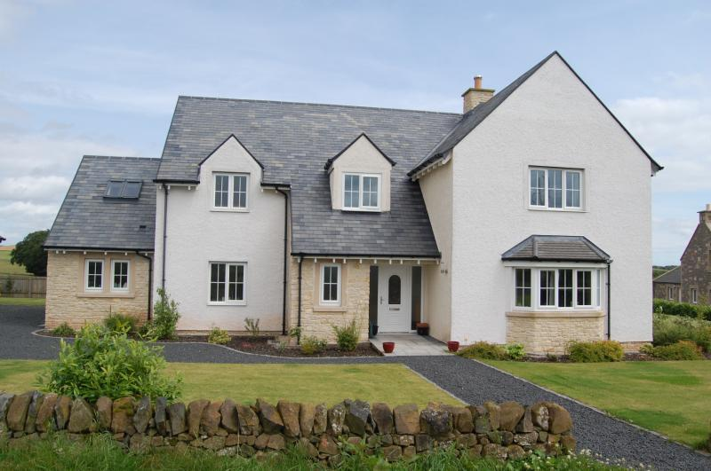 5 Bedrooms Detached House for sale in Morningside, Macksmill, Gordon, Berwickshire, Scottish Borders