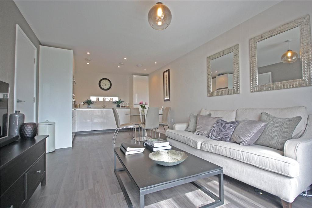 1 Bedroom Apartment Flat for sale in Austin Drive, Trumpington, Cambridge, CB2