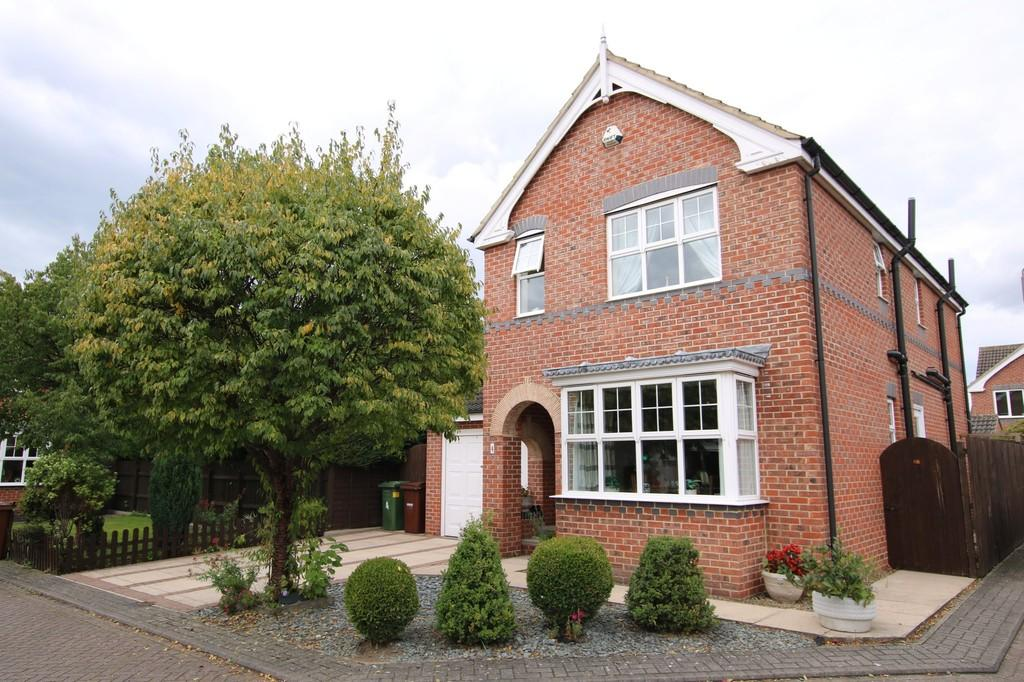 4 Bedrooms Detached House for sale in The Crimbles, Durkar