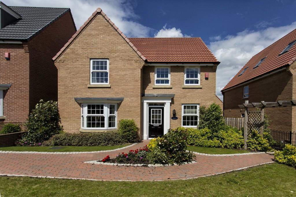 4 Bedrooms Detached House for sale in Frazier Avenue, Wakefield