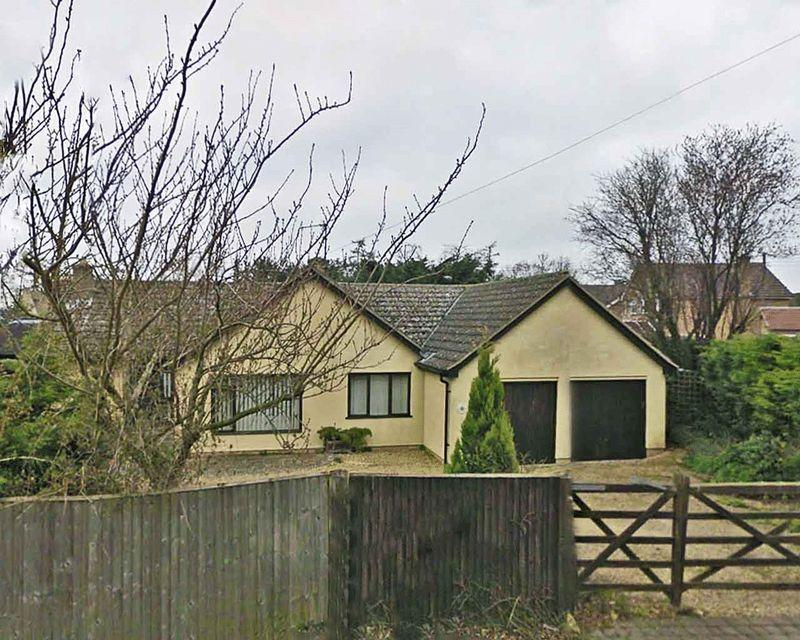 4 Bedrooms Detached Bungalow for sale in Church Lane, Edith Weston