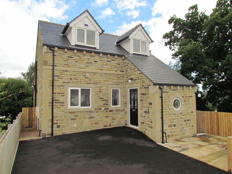 4 Bedrooms Detached House for sale in Fairy Dell, Bingley
