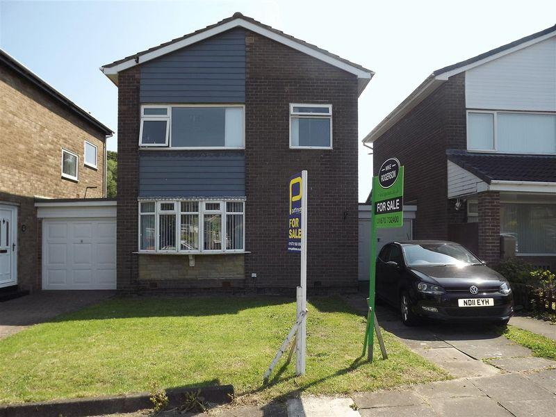3 Bedrooms Link Detached House for sale in Harnham Grove, Cramlington - Three Bedroom Link Detached