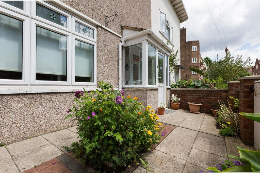 2 Bedrooms Terraced House for sale in Shandy Street, E1