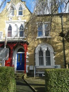 9 bedroom terraced house to rent - 39 Ashgrove,  University Area, BD7