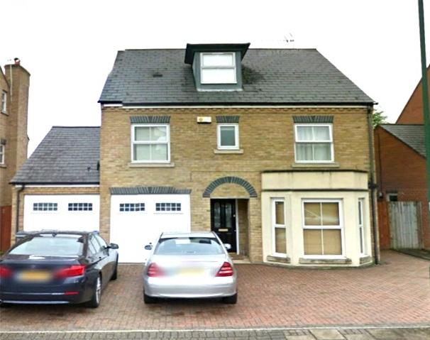 4 Bedrooms Detached House for sale in Compton Avenue, Wembely, Middlesex