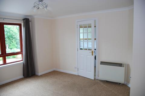 2 bedroom flat to rent - Cambrai Court, Dingwall., IV15