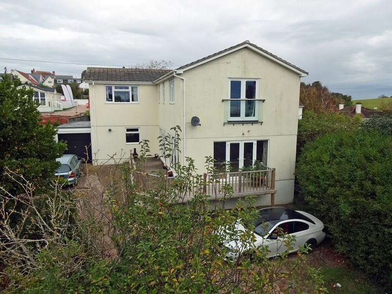 4 Bedrooms Detached House for sale in Teignmouth Road, HOLCOMBE, Dawlish