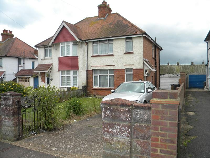 2 Bedrooms Semi Detached House for sale in Brodrick Road, Eastbourne bn22