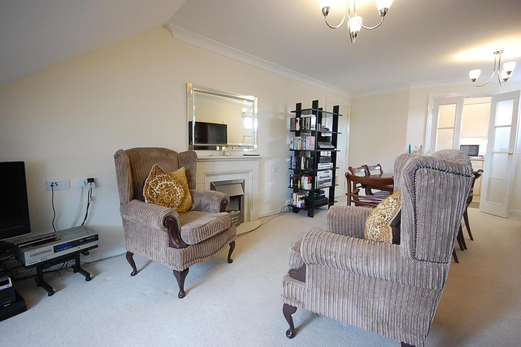 2 Bedrooms Apartment Flat for sale in Fenham