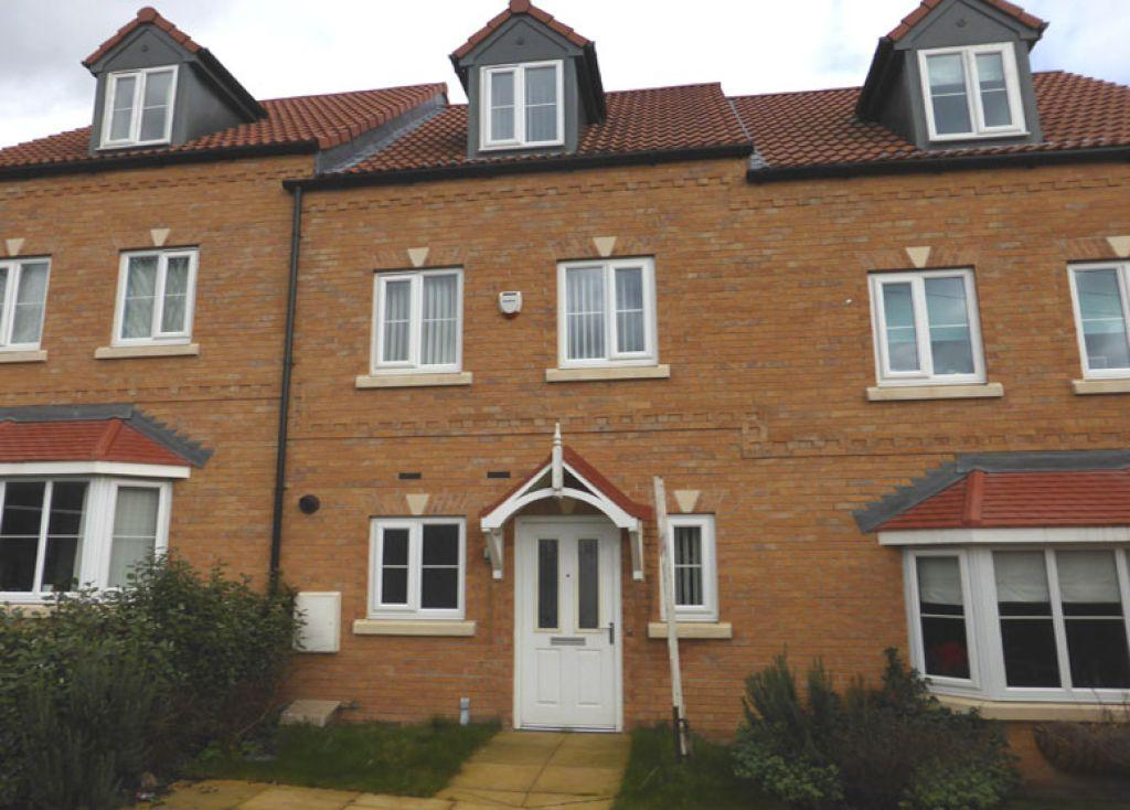 3 Bedrooms Town House for sale in Kingfisher Drive, Mexborough