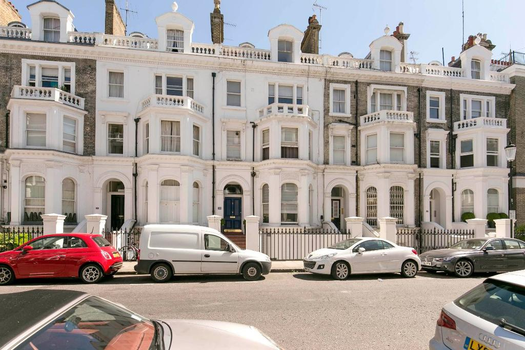 2 Bedrooms Maisonette Flat for sale in Coleherne Road, London, SW10