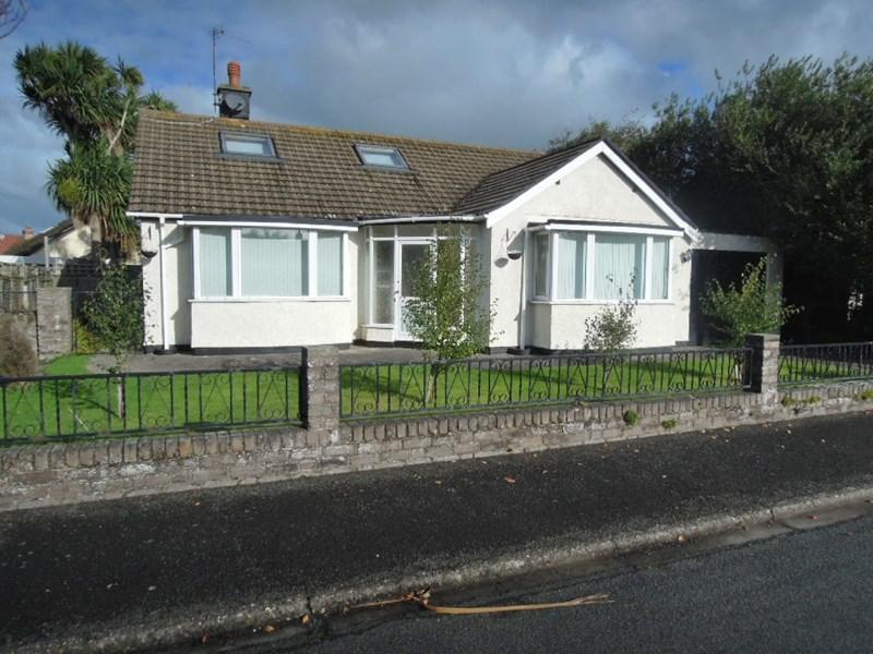 2 Bedrooms Detached Bungalow for sale in Ormly Road, Ramsey, IM8 3LJ