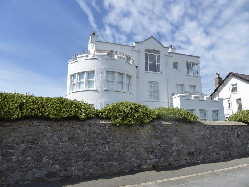 2 Bedrooms Apartment Flat for sale in Douglas Street, Isle Of Man