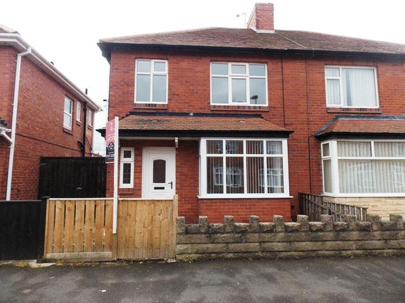 3 Bedrooms Semi Detached House for sale in Coronation Street, Blyth