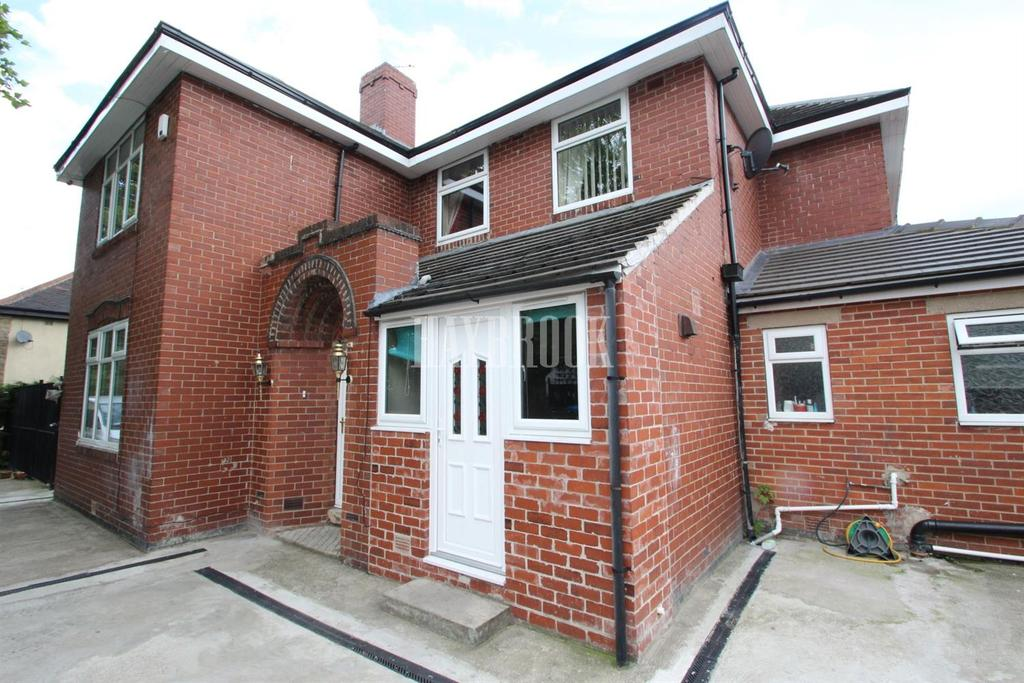 7 Bedrooms Detached House for sale in Molineaux Road, Shiregreen