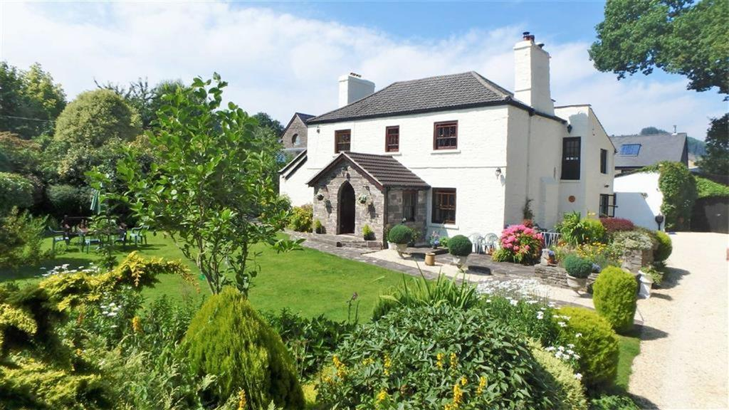 6 Bedrooms Detached House for sale in Cathedine, Cathedine, Brecon, Powys