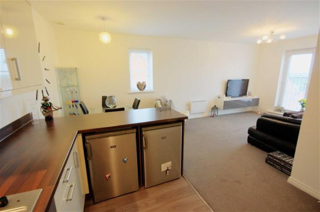 2 Bedrooms Apartment Flat for sale in Cunningham Court, Eccleston, St Helens, WA10