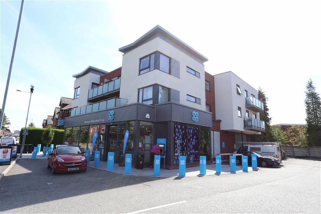 2 Bedrooms Flat for sale in Didsbury Road, Heaton Norris