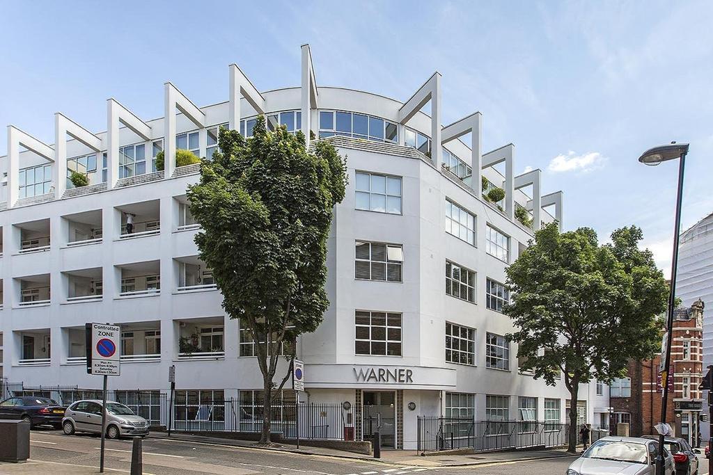 2 Bedrooms Flat for sale in Warner Street, Clerkenwell, EC1R