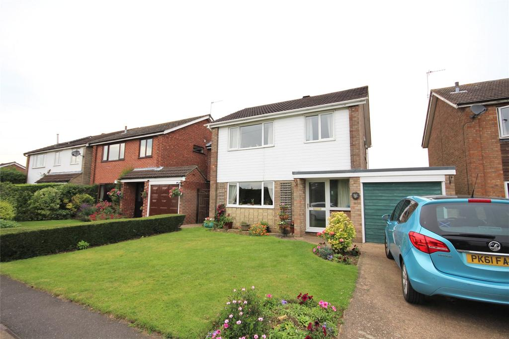 3 Bedrooms Detached House for sale in Rivehall Avenue, Welton, LN2