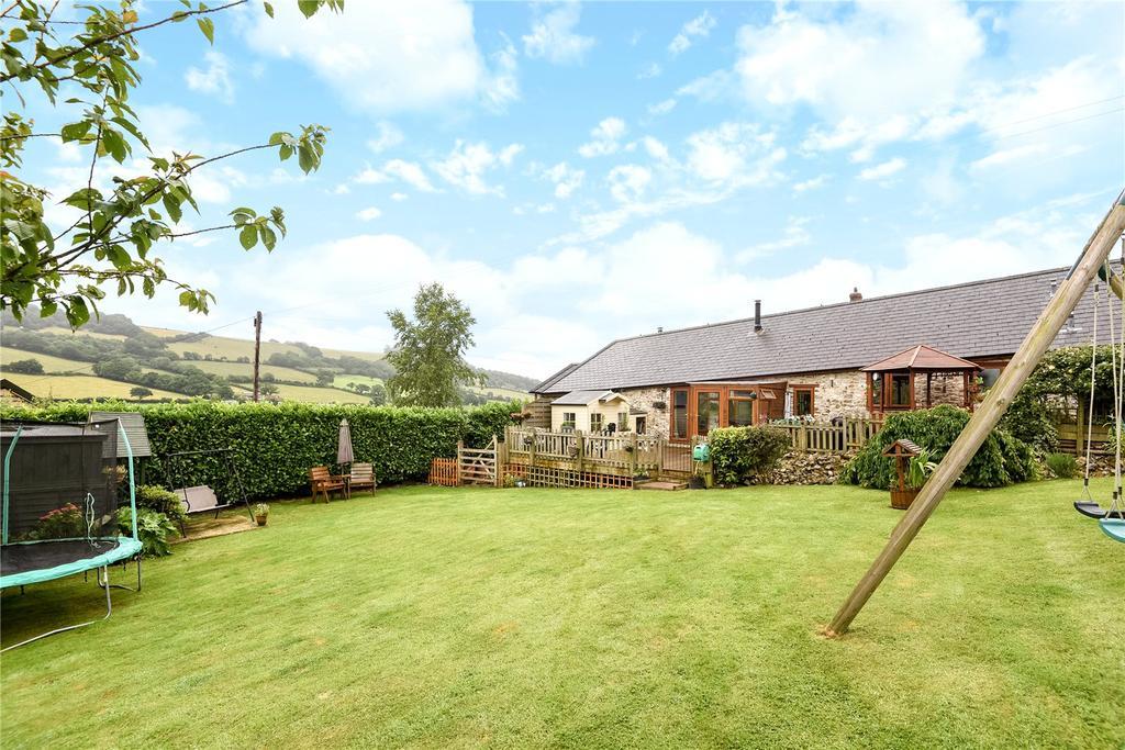 3 Bedrooms Bungalow for sale in Blamphayne Farm, Northleigh, Colyton, Devon, EX24