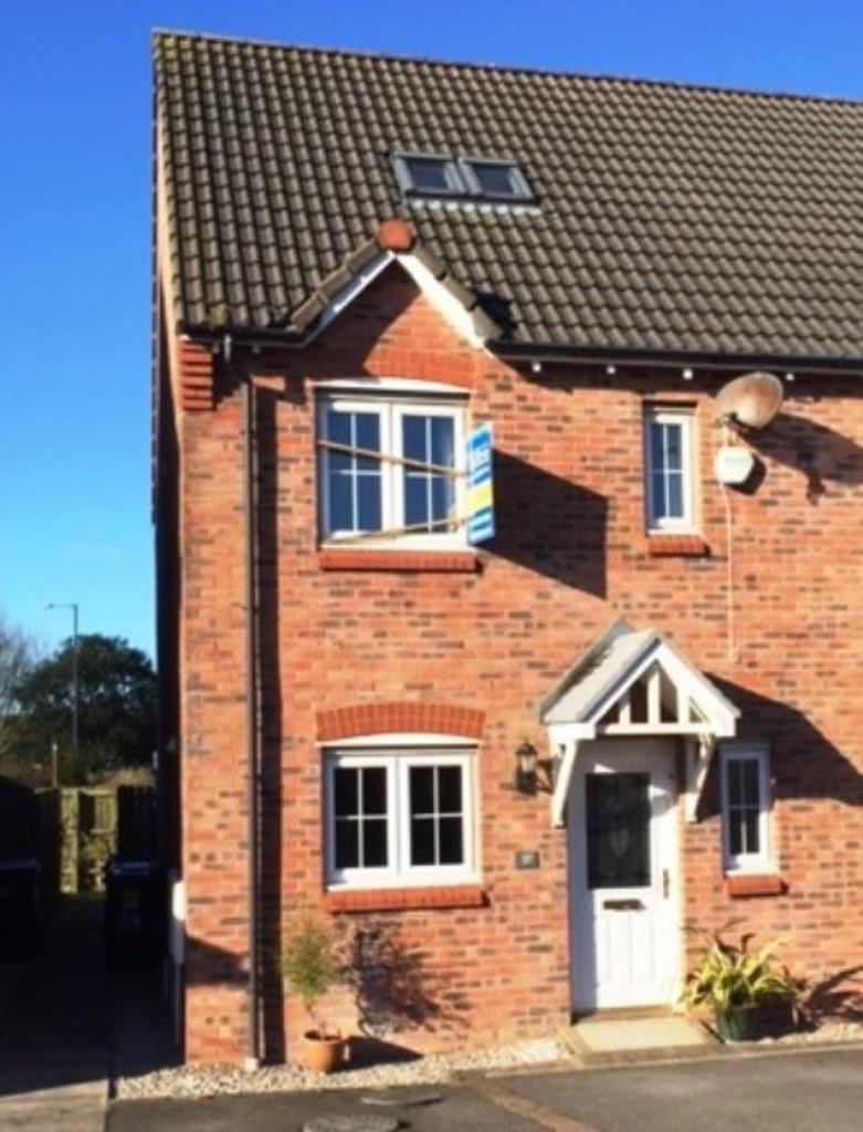 4 Bedrooms End Of Terrace House for sale in Station Close, Egremont, Cumbria