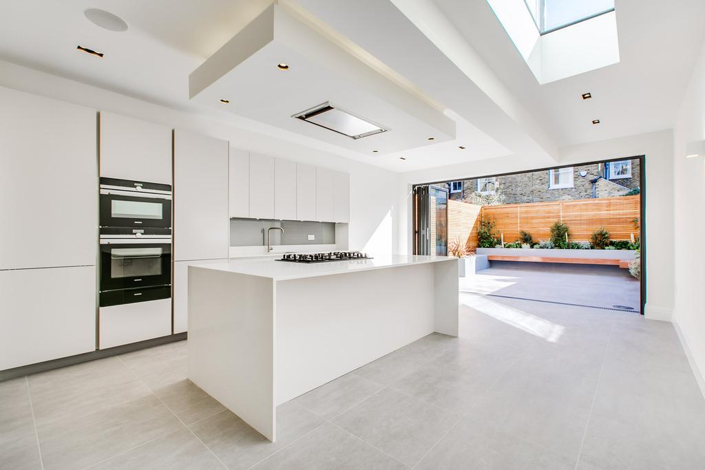 5 Bedrooms House for sale in Keildon Road Between the commons Battersea SW11