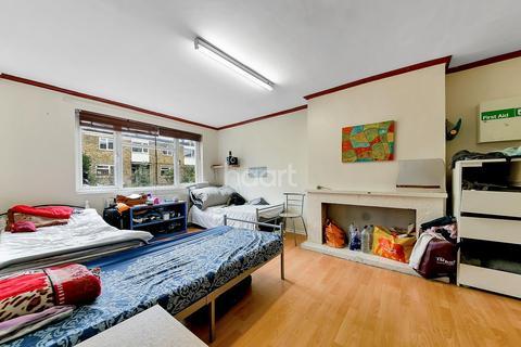 4 bedroom terraced house for sale - St Matthew's Road, Brixton, SW2