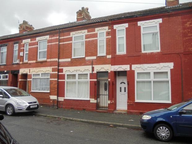 2 Bedrooms Terraced House for sale in Methuen Street, Manchester, M12