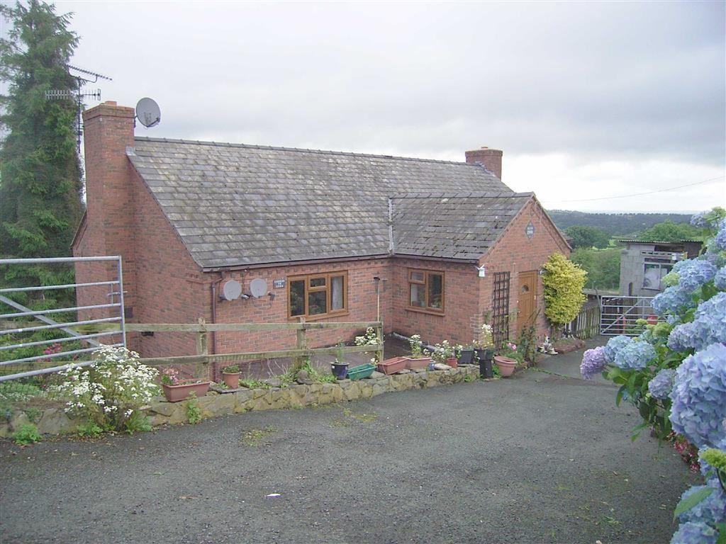 6 Bedrooms Detached House for sale in Rosewood And Golygfa Y Gyrn, Geuffordd, Welshpool, SY21