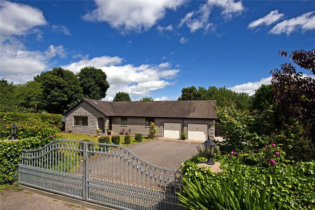4 Bedrooms Detached Bungalow for sale in North Footie, Torphins, Banchory, Aberdeenshire