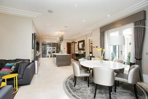 6 bedroom detached house to rent - Roedean Crescent, London, SW15