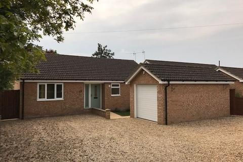 3 bedroom bungalow to rent - Main Street, Pymoor, ELY, Cambridgeshire, CB6