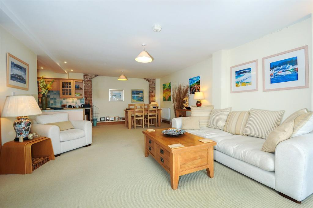 3 Bedrooms Terraced House for sale in Dorchester, Dorset