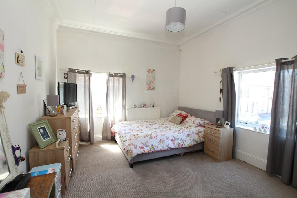 3 Bedrooms End Of Terrace House for sale in 89 Sutherland Street, Barrow-In-Furness