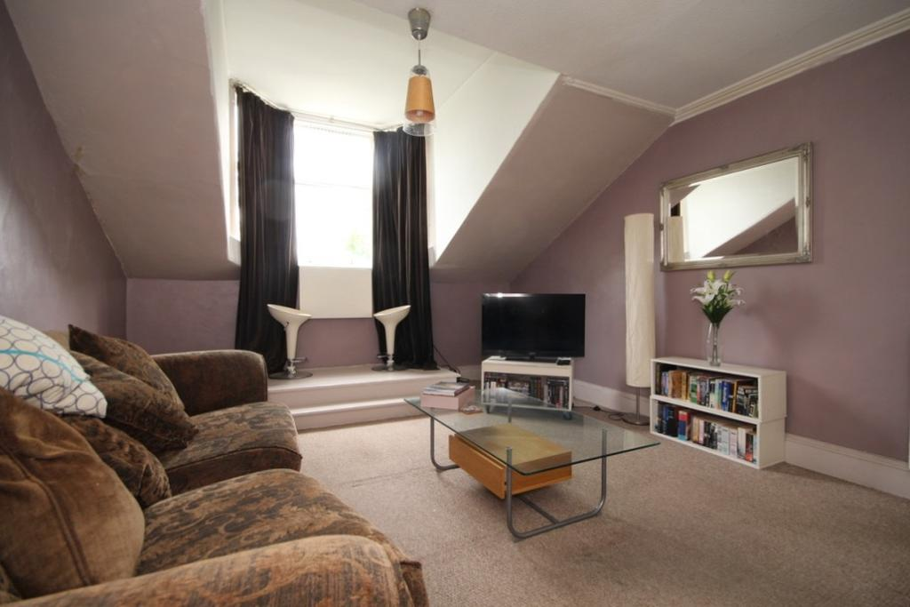 2 Bedrooms Apartment Flat for sale in King Street, Perth, Perthshire, PH2 8JB