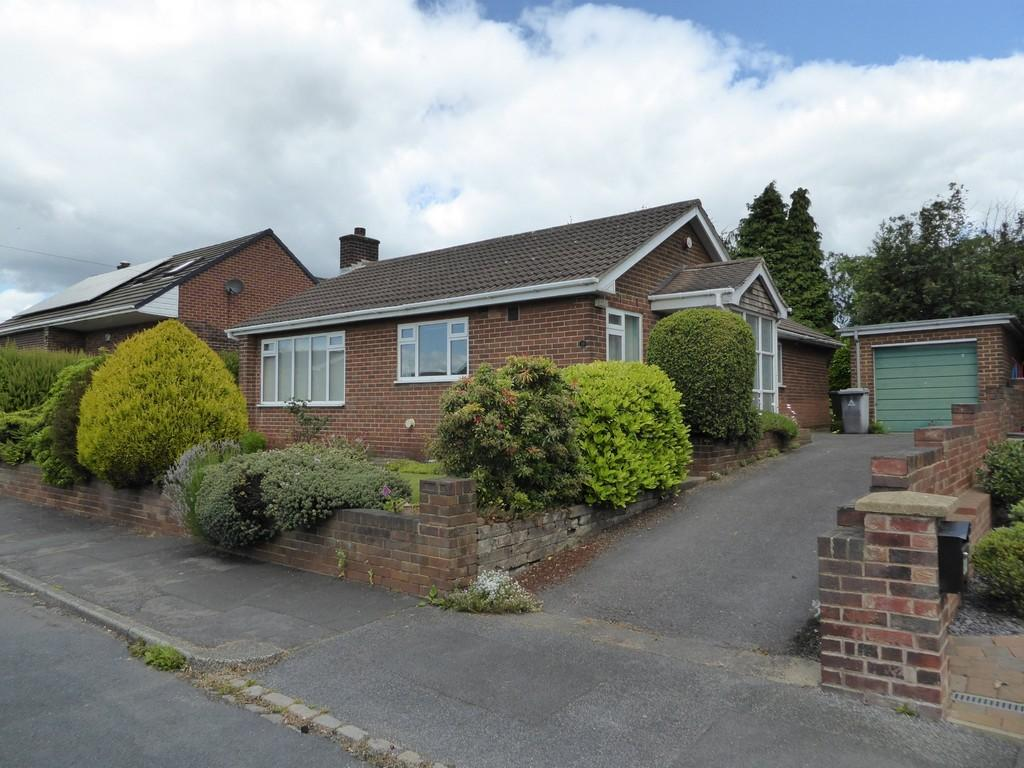 2 Bedrooms Detached Bungalow for sale in Ennerdale Road, Hanging Heaton