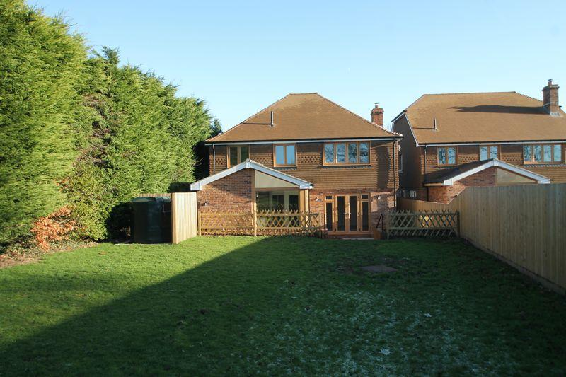 4 Bedrooms Detached House for sale in Stanford