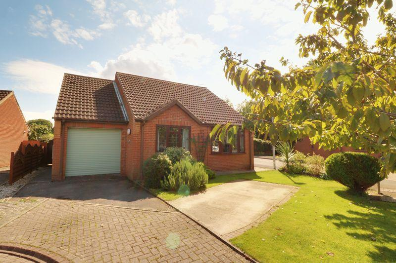 4 Bedrooms Detached House for sale in Orchard Close, Barrow-Upon-Humber