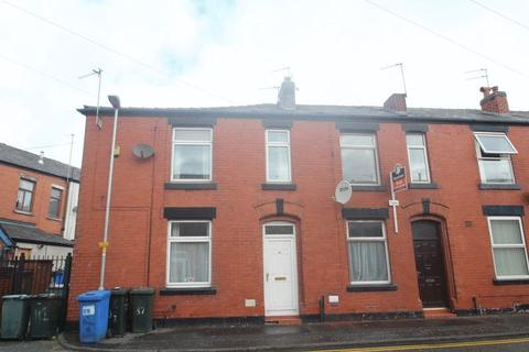 3 bedroom terraced house to rent - Howard Street, Rochdale OL12 0PP
