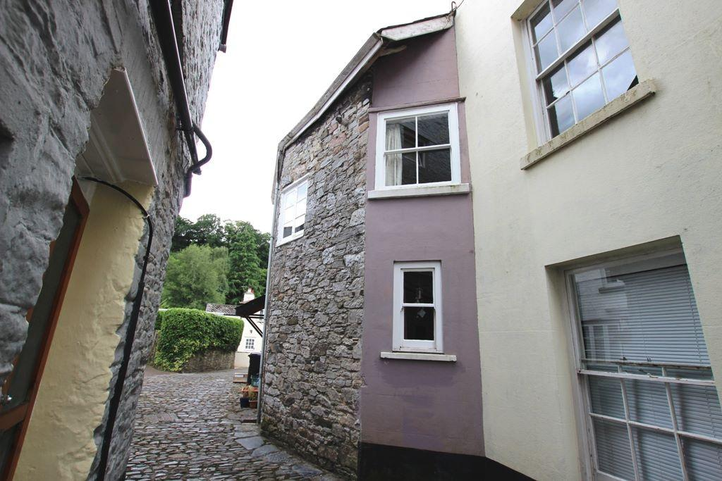 2 Bedrooms Cottage House for sale in Moor Cottage