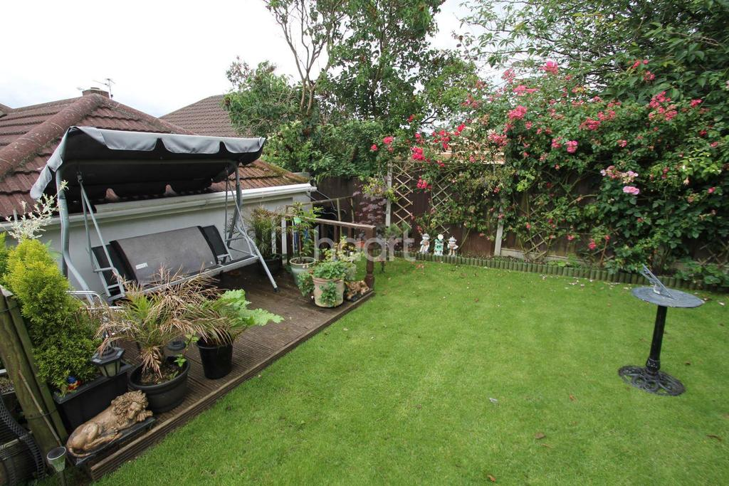 3 Bedrooms Bungalow for sale in Monks Road, Lincoln, LN2
