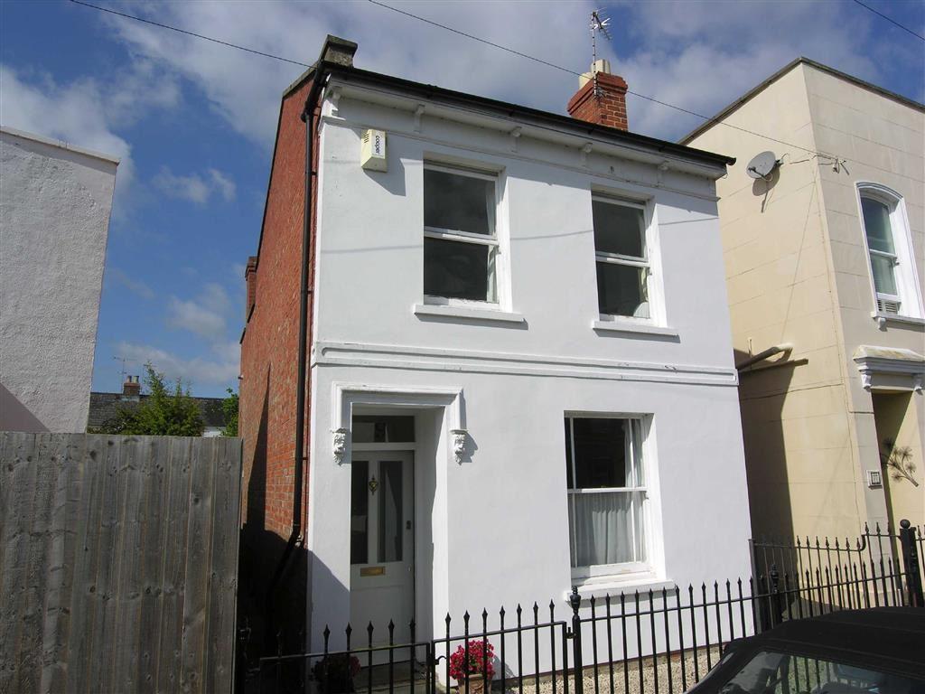 2 Bedrooms Detached House for sale in Moorend Crescent, Leckhampton, Cheltenham, GL53