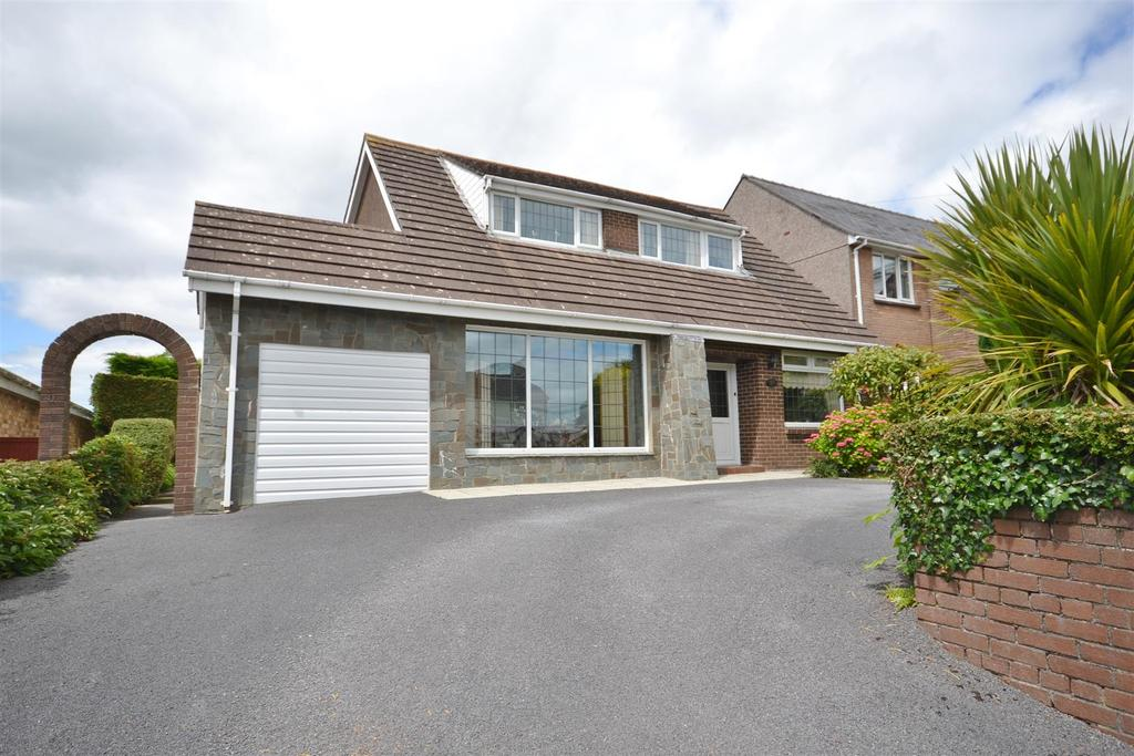 3 Bedrooms Detached Bungalow for sale in Kidwelly