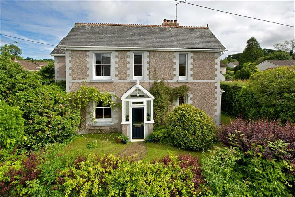 4 Bedrooms Detached House for sale in Chapel Road, Yealmpton, Devon, PL8
